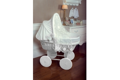 Детская колыбель для новорожденного ComfortBaby Home (белоснежная ива)+дизайнерский комплект белый.
