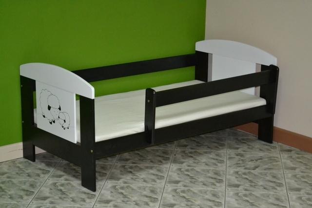 Детская кровать с перилами Animals (сосна+ДСП).