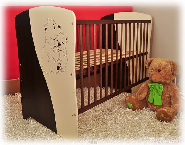 Детская кроватка Bobas Marko.