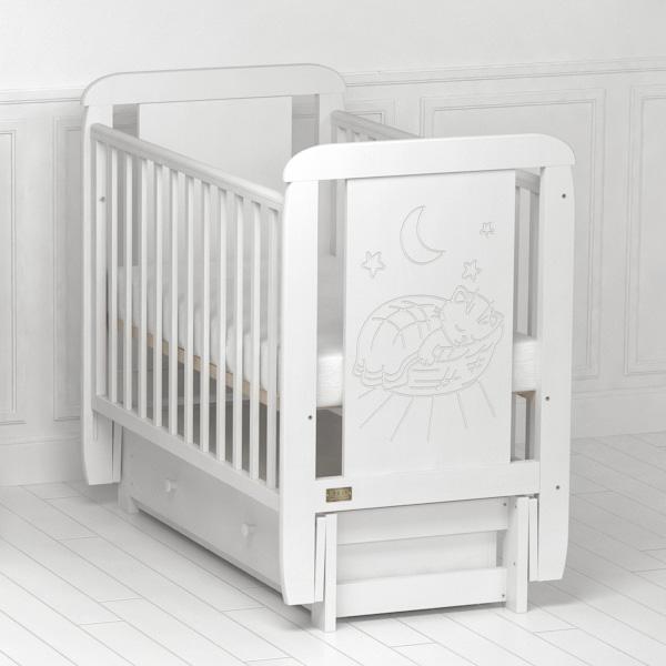 Детская кроватка Micio (с продольным маятником).