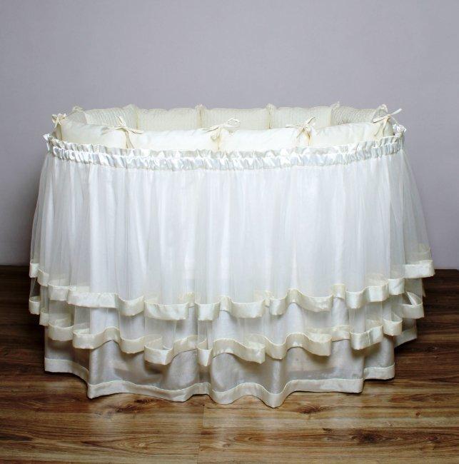 Постельное LAPPETTI в овальную кроватку подзор арт. B3  (юбка с ярусом) кремовый.