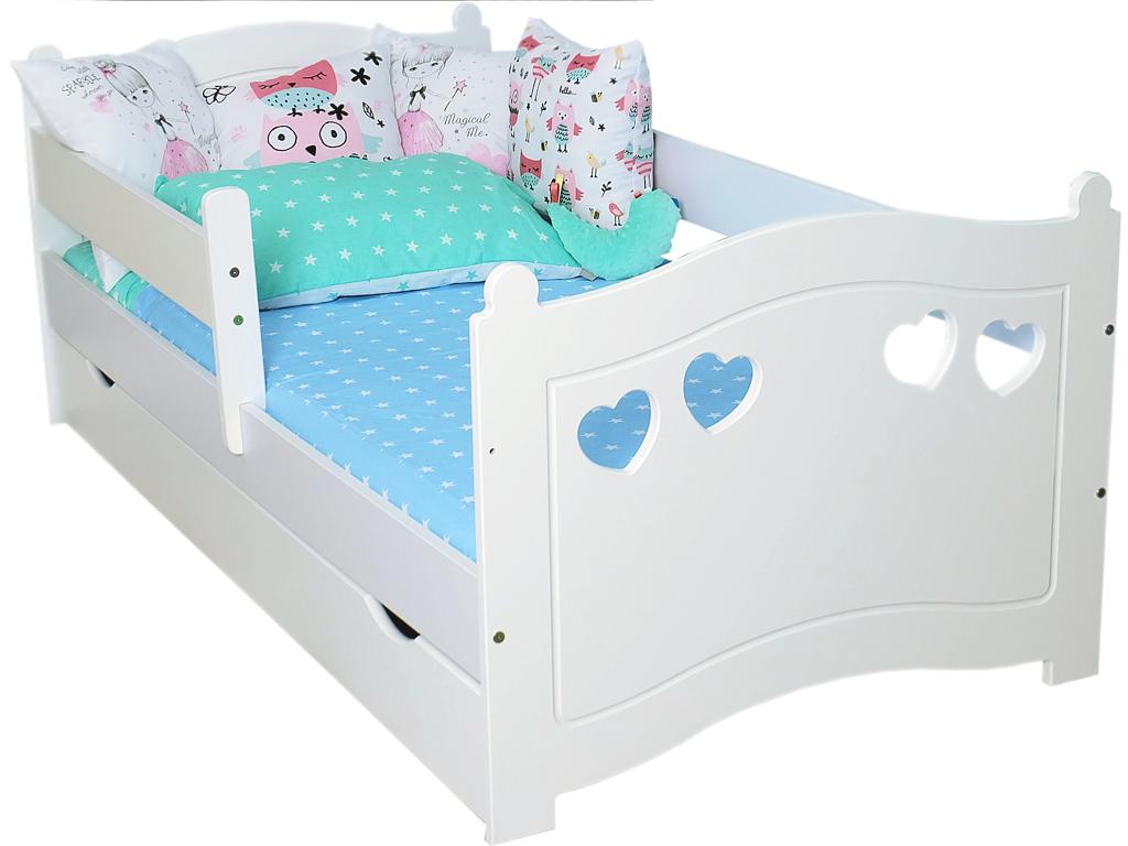 Кровать детская  лаура с бортиками и матрасом.