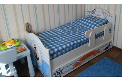 Кровать детская Капитан с ящиком, бортиком.