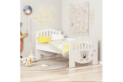 Кровать детская от 3х лет с бортиком апликация мишутка.