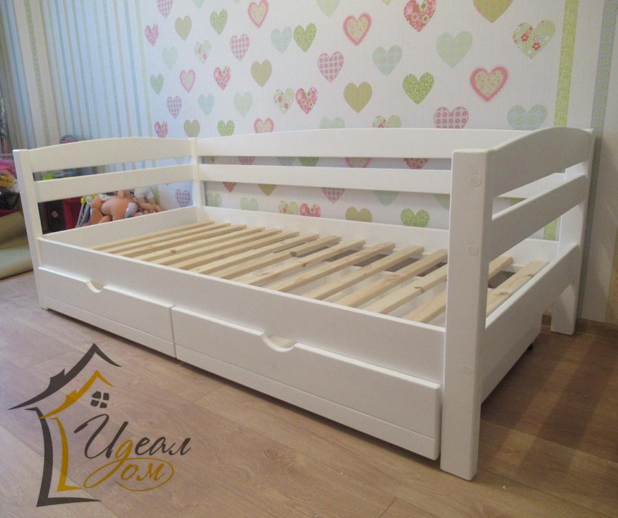 Кровать детская от 3 лет Магия (из массив сосны).