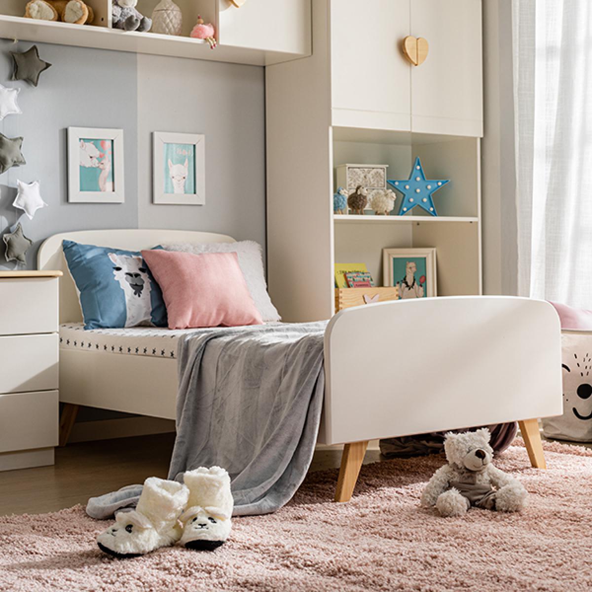 Кровать детская  на деревянных ножках Стандарт от ТМ Baby-Boo с матрасом