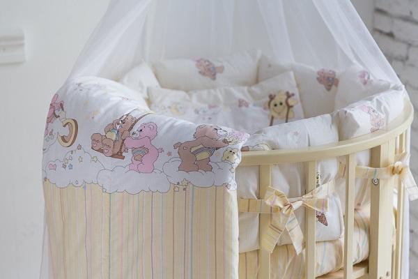 Постельное в круглую кроватку Забава (9 предметов)